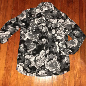 New York & Company Black and White Floral Blouse